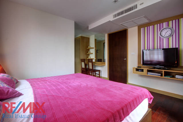 PATONG 2 BEDROOM CONDOMINIUM FOR SALE