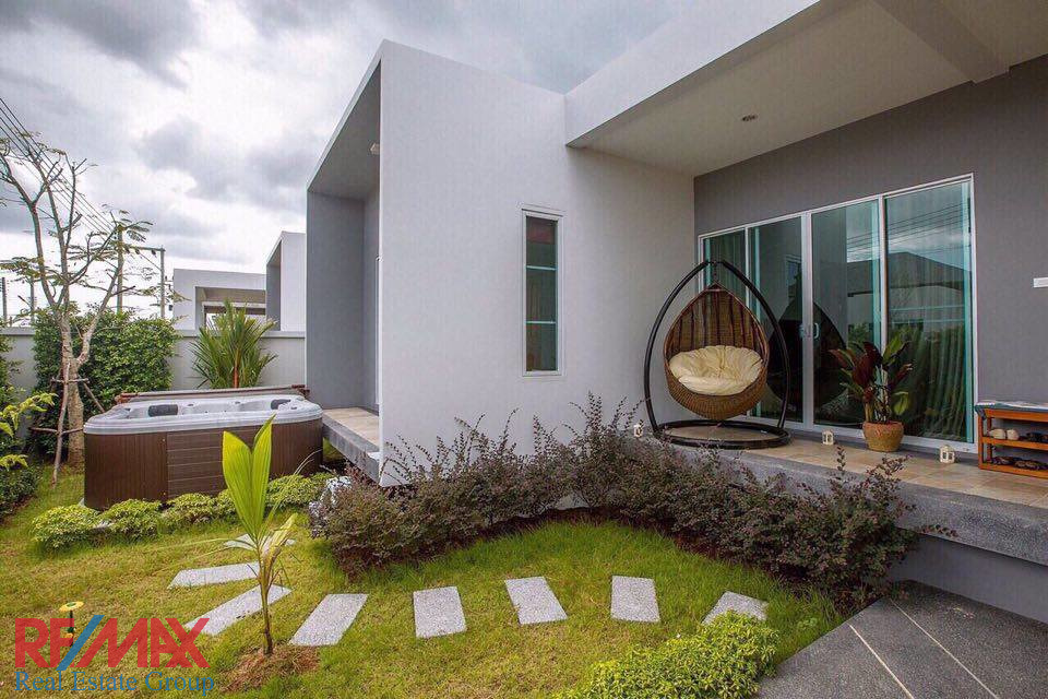 SOLD | BANGTAO LAKE SIDE VILLA FOR SALE