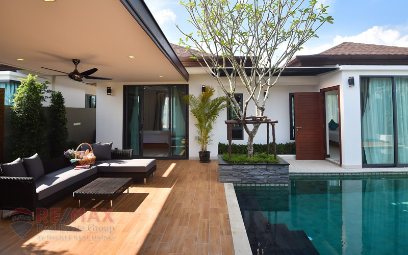LUXURY 3 BEDROOM POOL VILLA IN CHERNGTALAY FOR SALE
