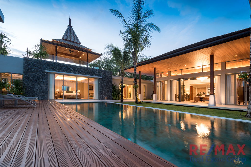4 Bedroom Balinese Style Pool Villa in Layan