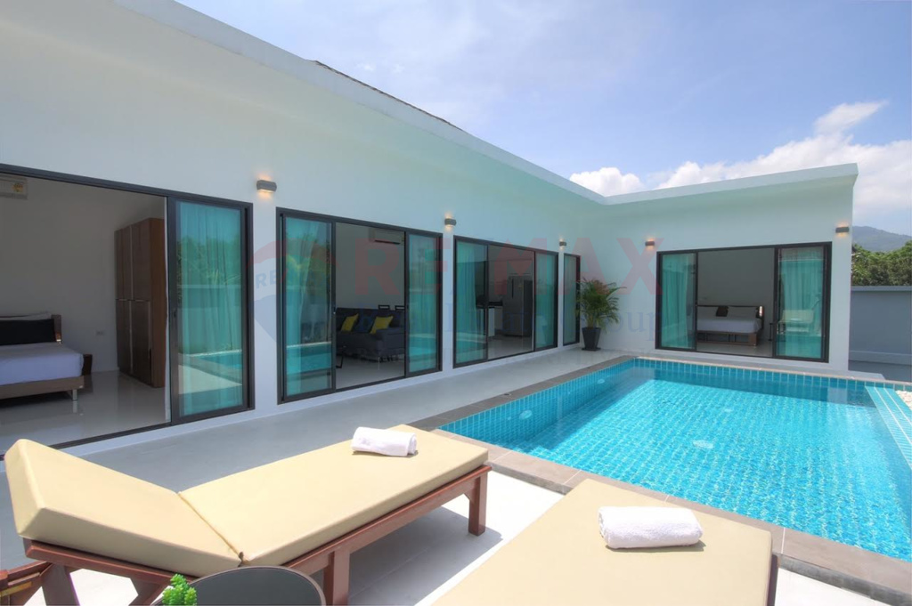 3 Bedroom Pool Villa in Choeng Thale for Sale