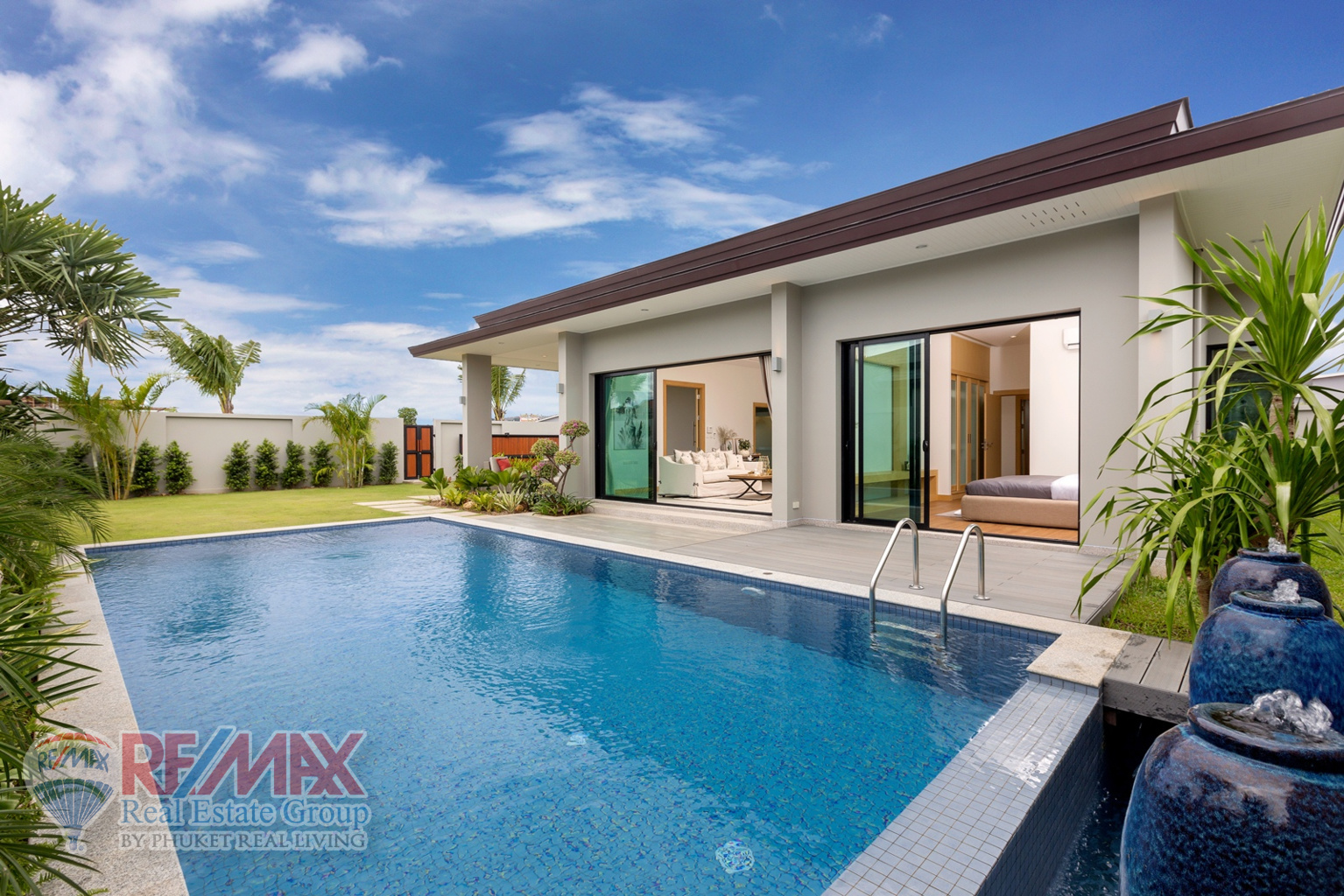 Properties Available For Sale on The Island of Phuket Including Villas And Deluxe Apartments