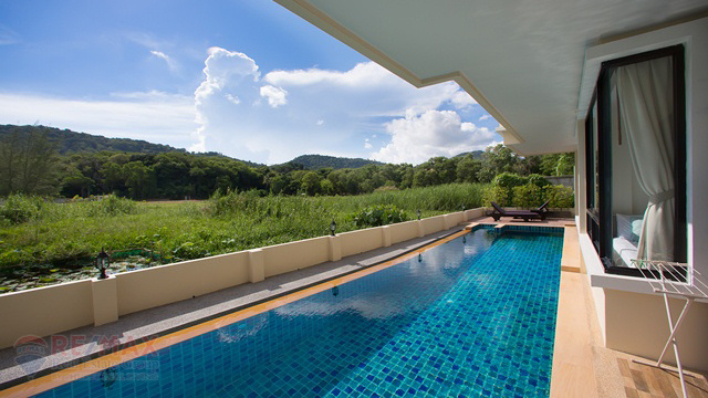 NAI HARN MOUNTAIN VIEW 1 BEDROOM CONDOMINIUM FOR SALE