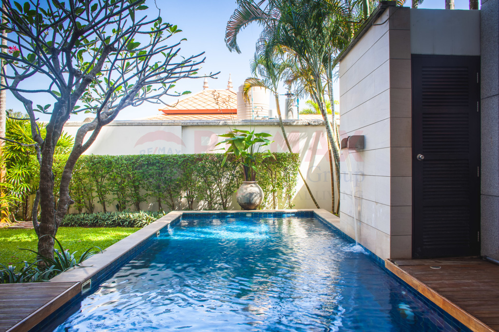 NAI HARN 2 BEDROOM POOL VILLA THEATER ROOM FOR SALE