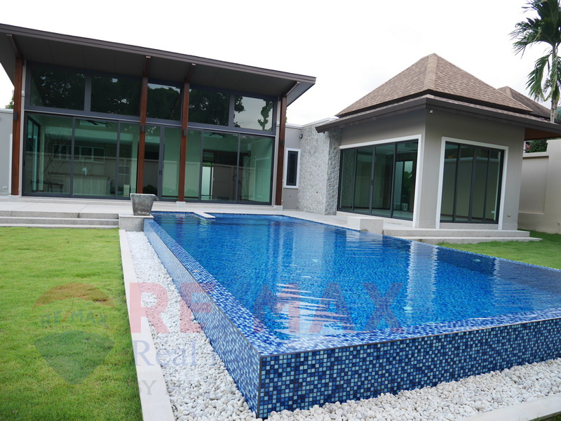 THALANG 4 BEDROOM PRIVATE POOL VILLA FOR SALE