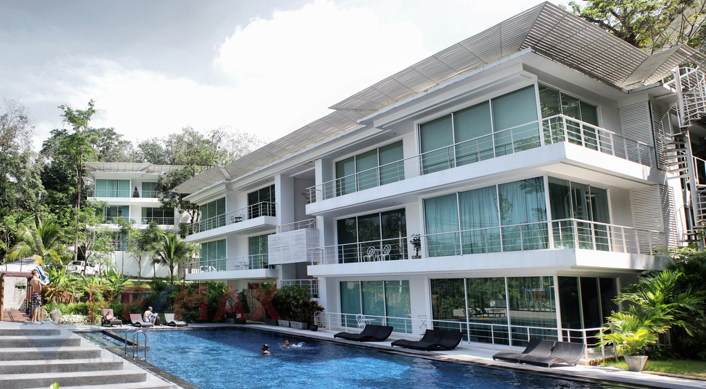 MOUNTAIN SIDE CONDOMINIUM IN KAMALA FOR SALE