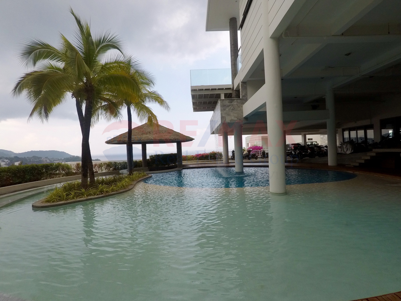 KARON 3 BEDROOM CONDO/APARTMENT FOR SALE