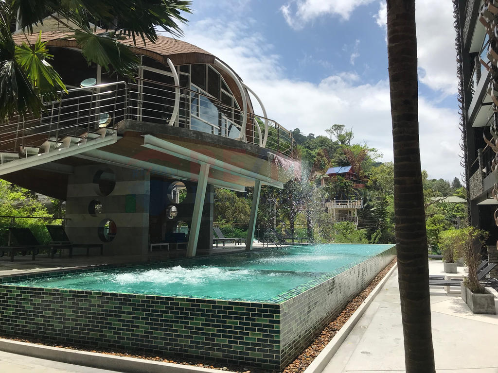PATONG STUDIO ROOM CONDO/APARTMENT FOR SALE