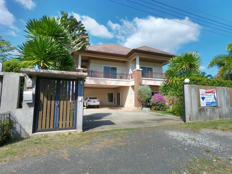 Pasak Soi 6 Choeng Thale 4 Bedroom Pool Villa for Sale