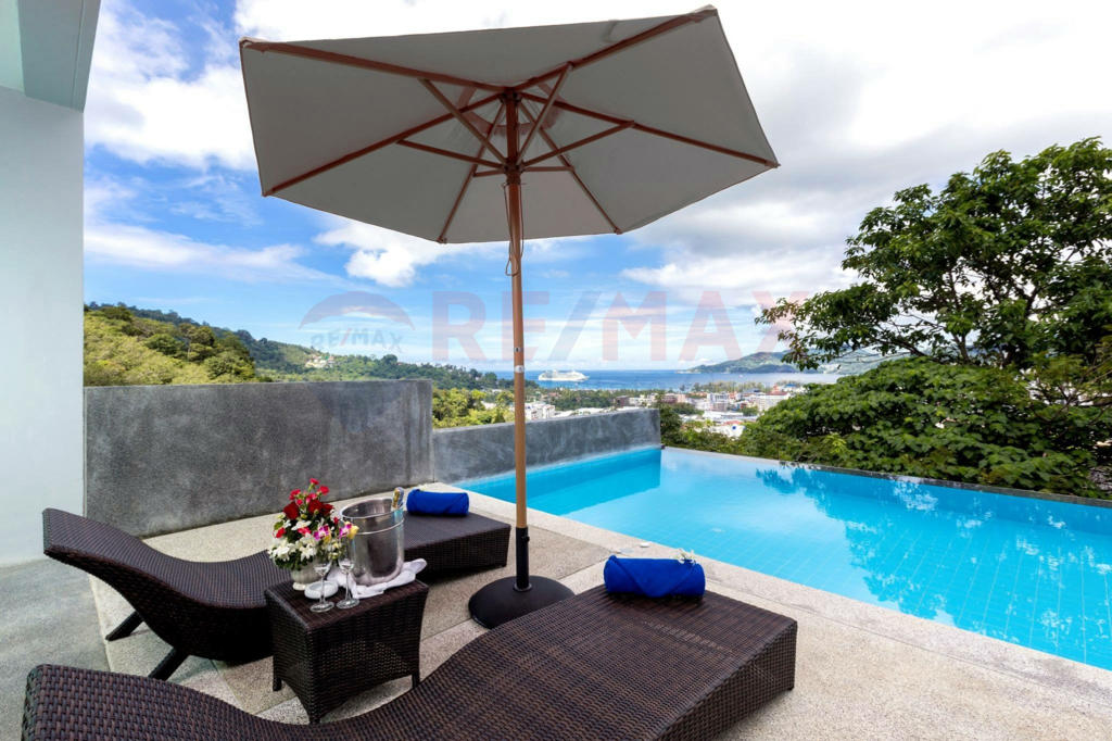 PATONG HILLSIDE CONDOMINIUM FOR SALE