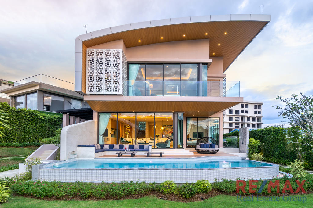 Modern Style Pool Villa for Sale in Rawai, Phuket
