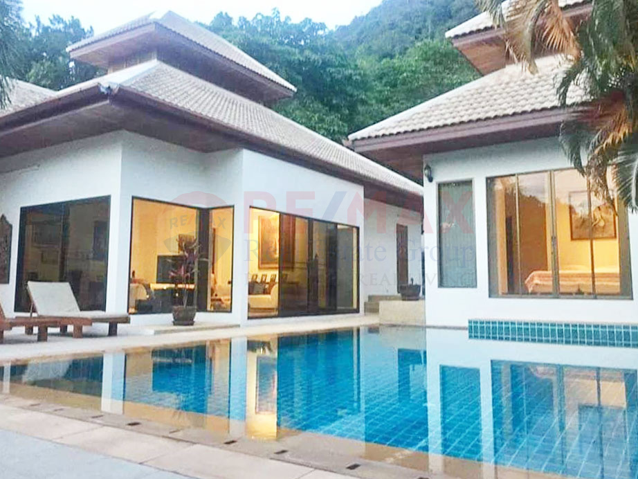 SOLD | 3-Bedroom Villa Including Free Unit Near Ao Por Pier