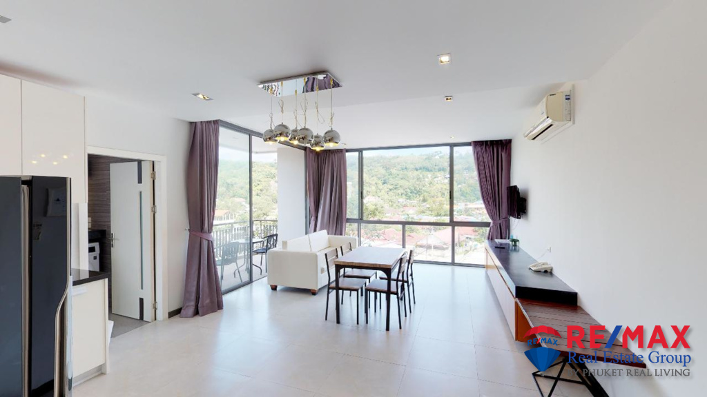Spacious 1 Bedroom Apartment in Kamala For Sale