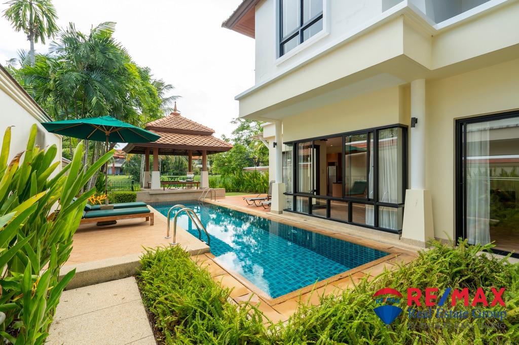Laguna Lake Front 4-Bedroom Pool Villa