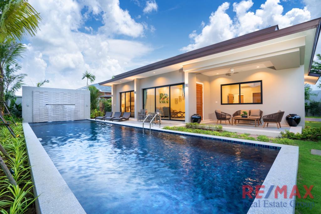 3 Bedroom Modern Villa Development in Layan, Phuket