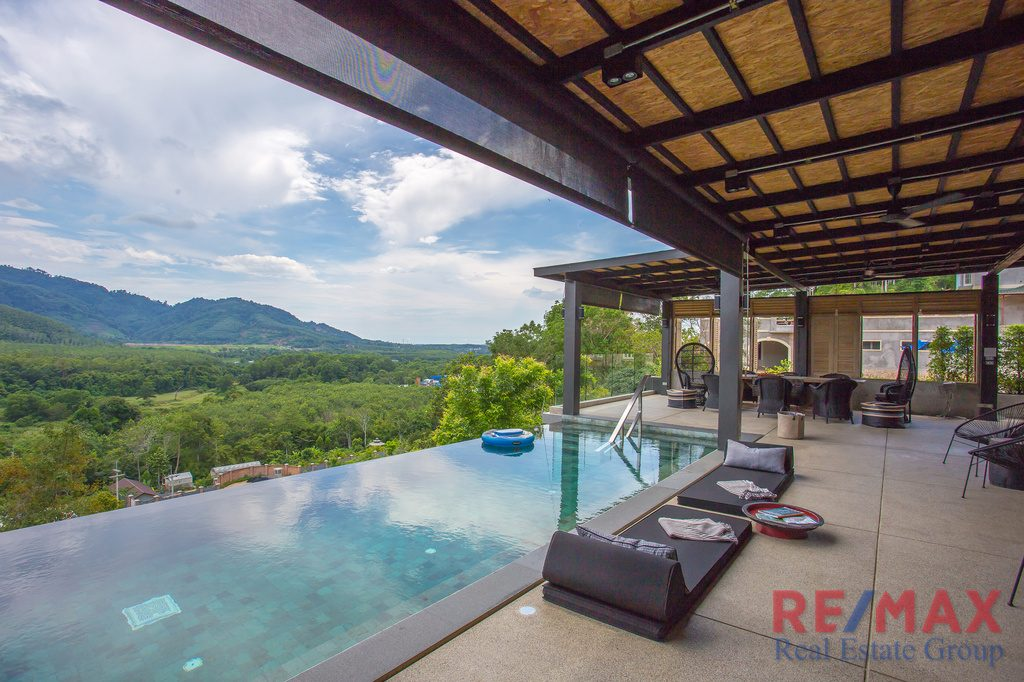 Panoramic Mountain View Hill Side Villa for Sale