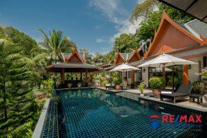 Thai-Style Sea View Pool Villa