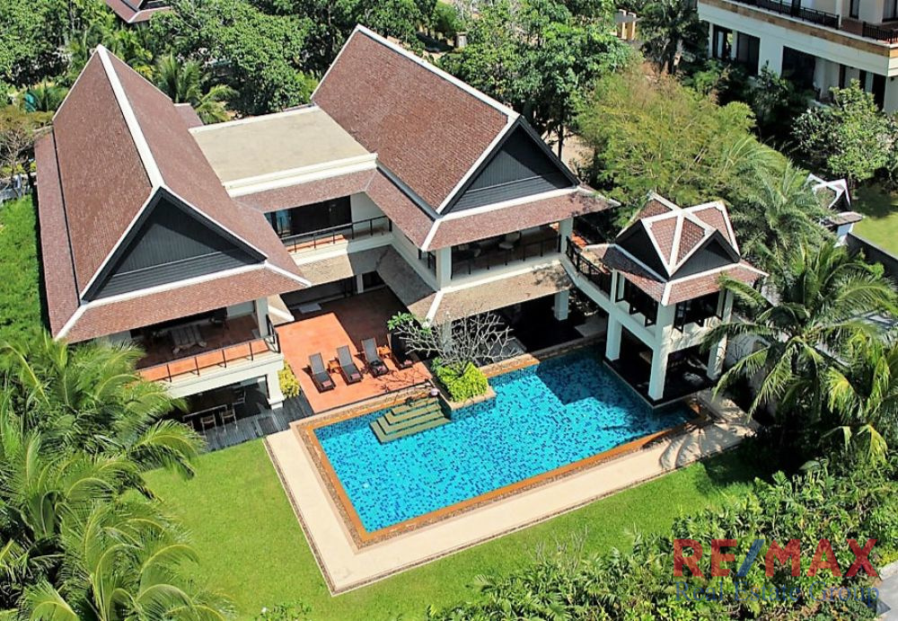 6 Bedroom Villa for Sale in Layan, Phuket