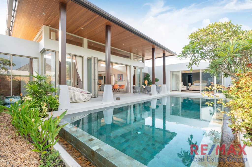 Balinese Style 3 Bedroom Pool Villa in for Sale in Layan, Phuket