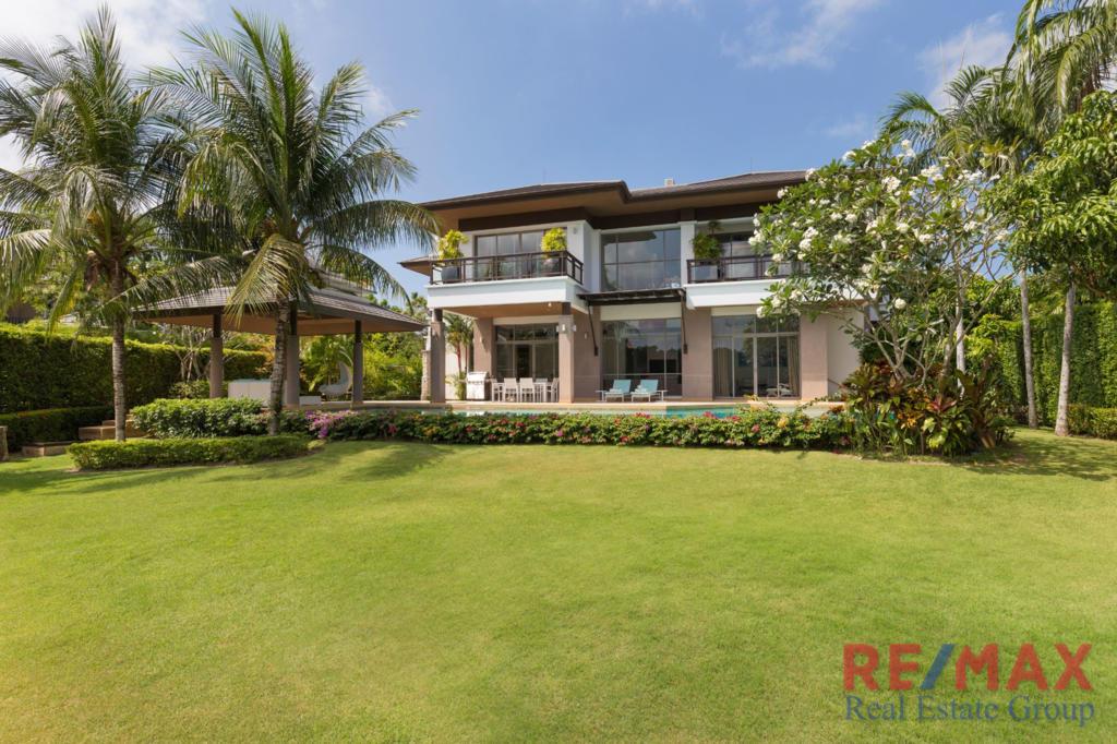 Laguna Deluxe Lake Front Residence for Sale in Laguna, Phuket