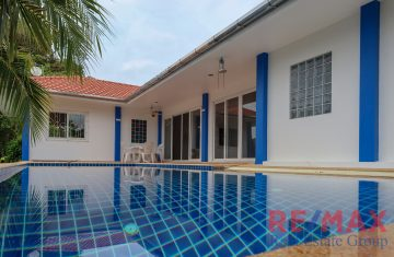 3 Bedroom Pool Villa with Large Land Plot in Cherngtalay
