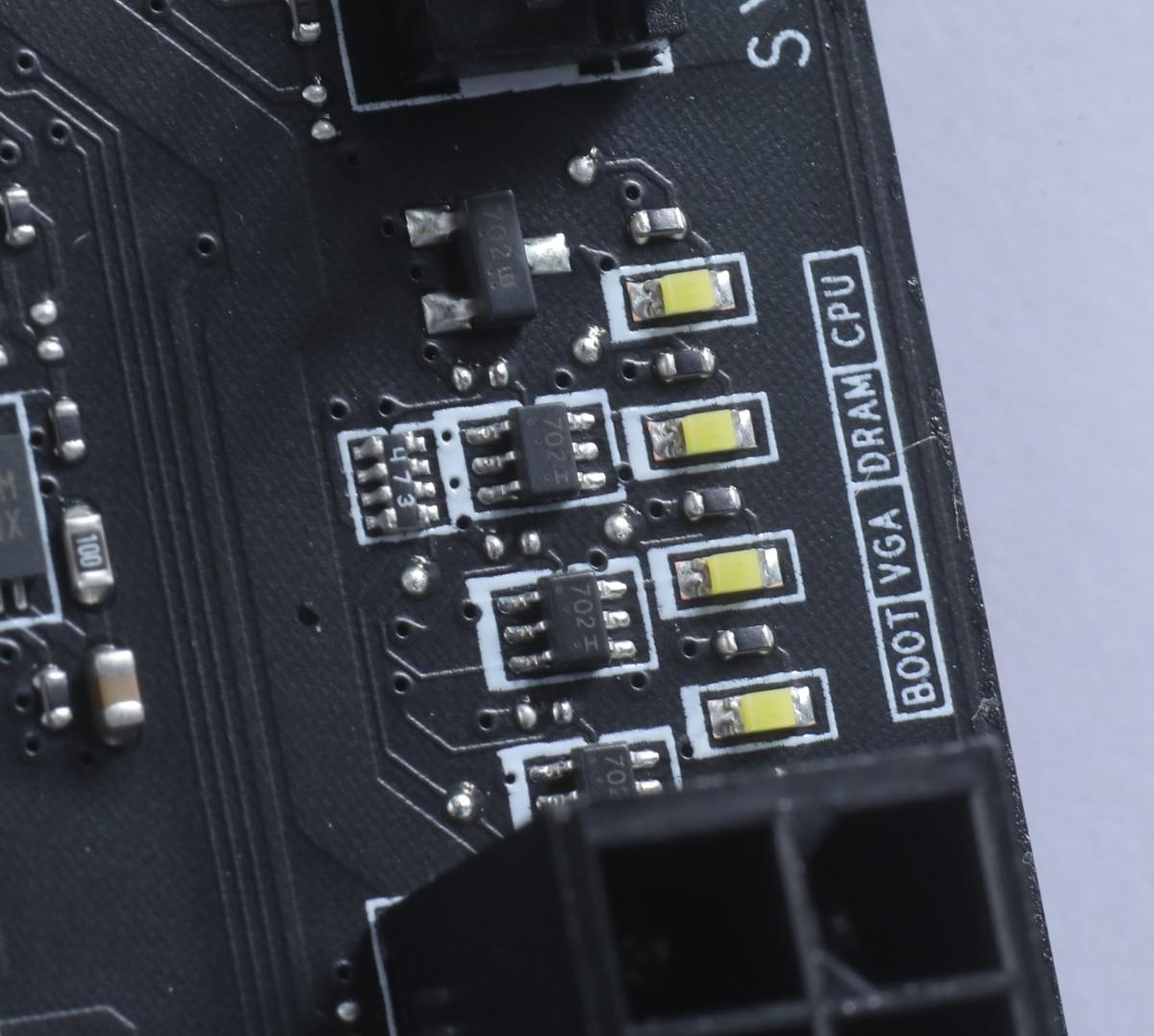 設有 Debug LED 功能