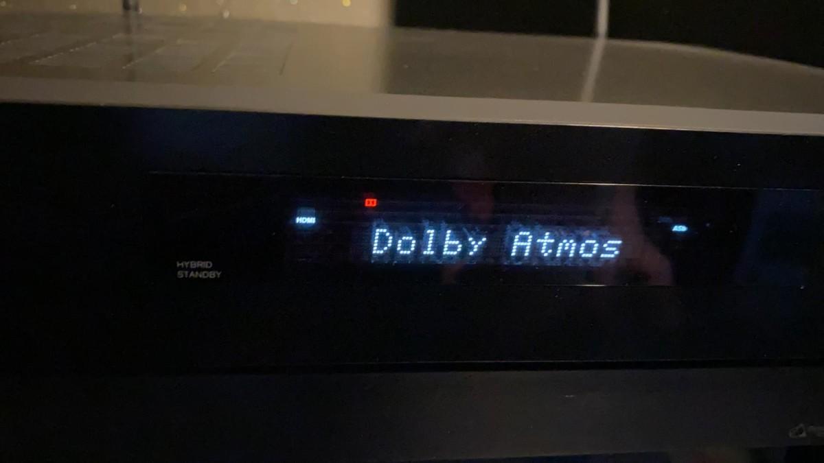 . AV 擴音機成功以 Dolby Atmos 方式解碼,音場變得比立體聲擴大和有深度。