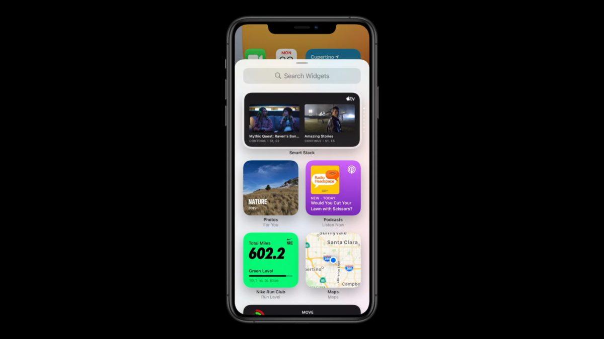 在 Home 畫面按左上角的「+」號可以拉出 Widget 抽屜,選擇 Widget 。