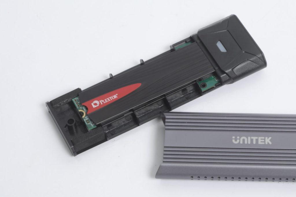 使用 Plextor M9Pe 512GB NVMe M.2 e M.2 測試