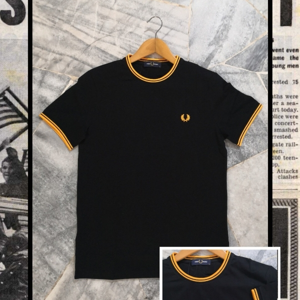 FRED PERRY RINGER TEE M