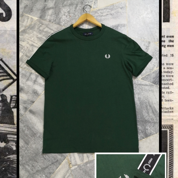 FRED PERRY SHOULDER TAPED M