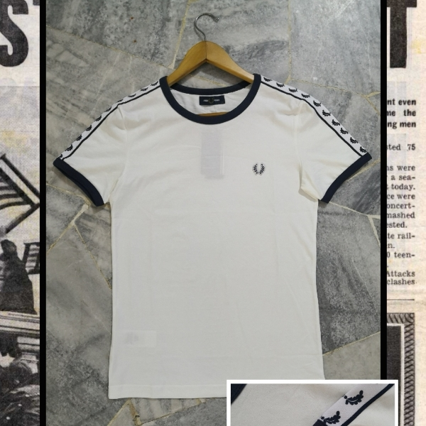 FRED PERRY TAPED TEE '20 XS
