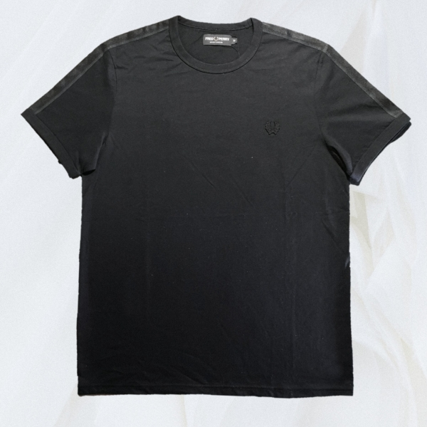 Fred Perry Tonal Taped Ringer Tee M