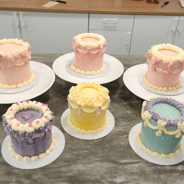 Basic Buttercream: Vintage Design0