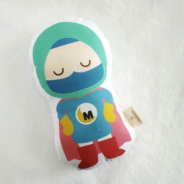 Small Muslim Heroes - GIRL