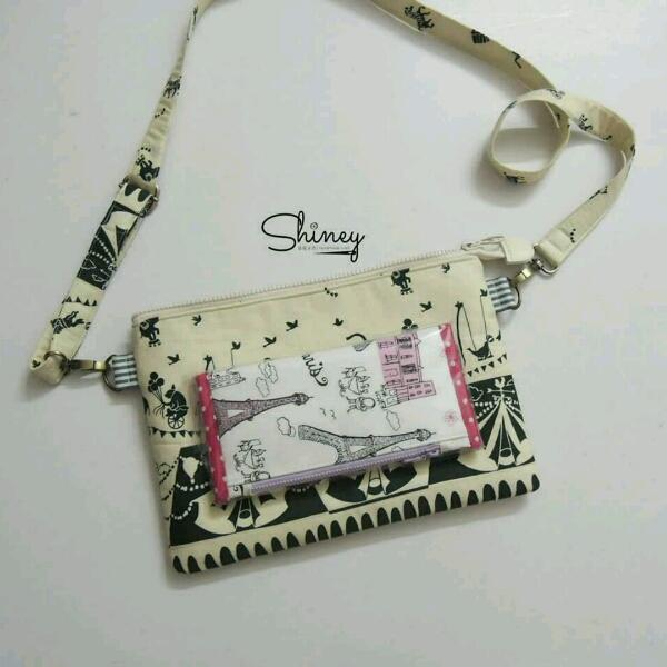 Thin Square Sling Bag 扁型斜挎包4