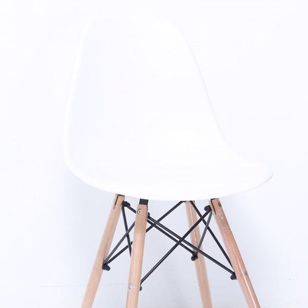Chair - DSW White0