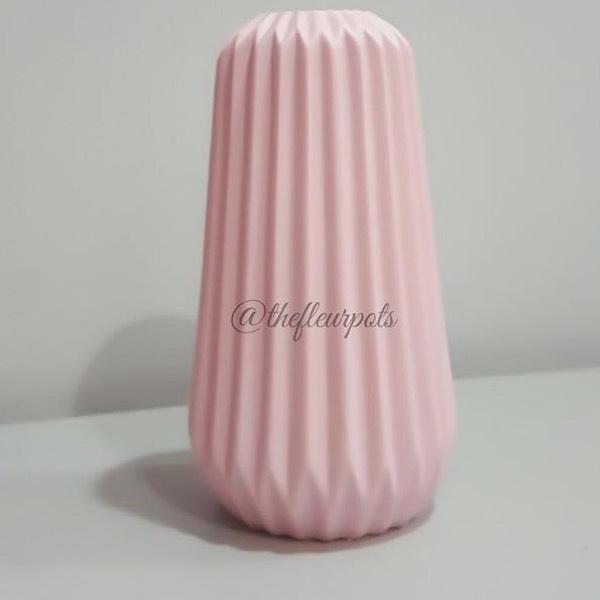 Vase - Scandi Pink0