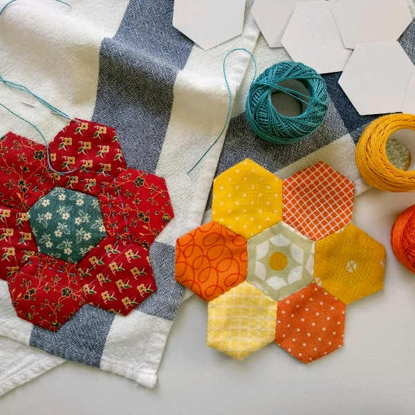 30/6 English Paper Piecing - Hexagons0