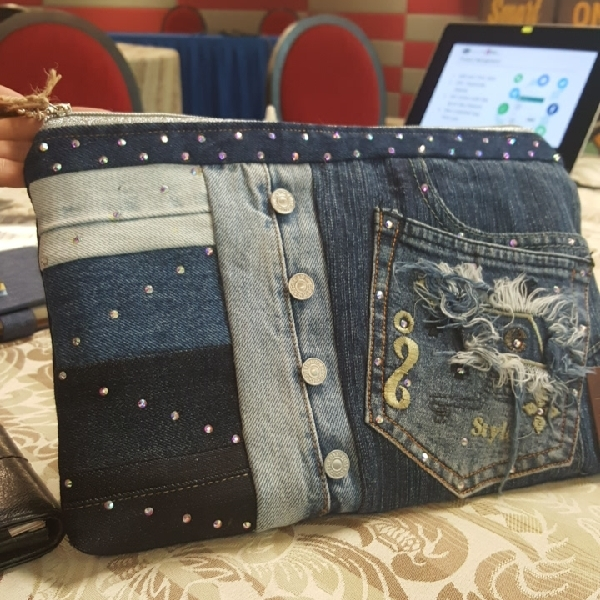 Denim & Diamonds Clutch0