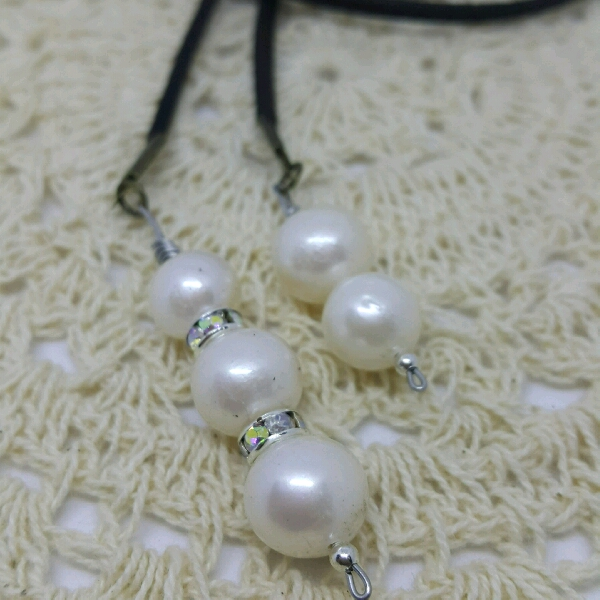 Easy Strap On Necklace With Genuine Sea Water Pearls & Small Rondelle Crystals