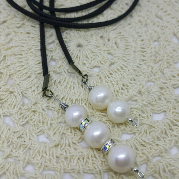 Easy Strap On Necklace With Genuine Sea Water Pearls & Small Rondelle Crystals1