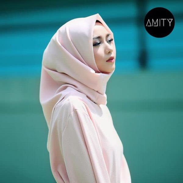 Amity instant square1