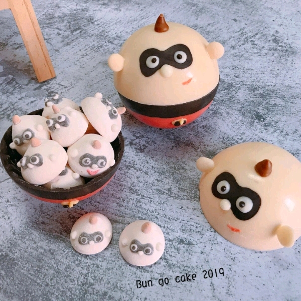 13/4 Cartoon Chocolate Bomb & Marshmallow2