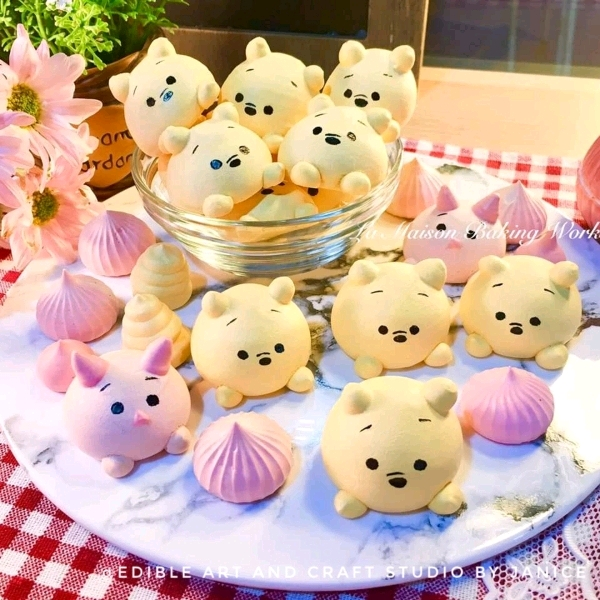 24/3 2in1 TsumTsum Meringue cookies & Mongram Cake Workshop2