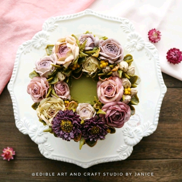 Day 1 Buttercream Flower Party Cake Workshop0