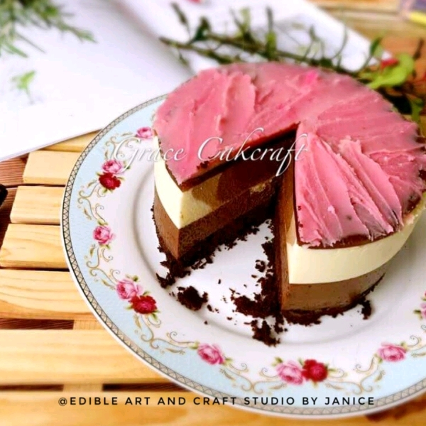 Korean Beanpaste Flower Chocolate Mousse Cake1