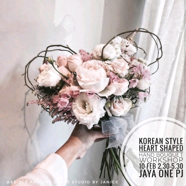 Korean Style Heart Shaped Hand Bouquet Workshop0