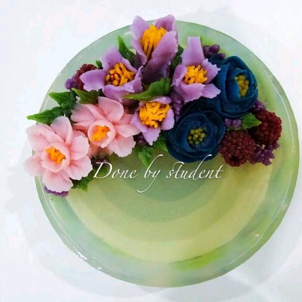 Korean bean paste flower matcha layer mousse cake3