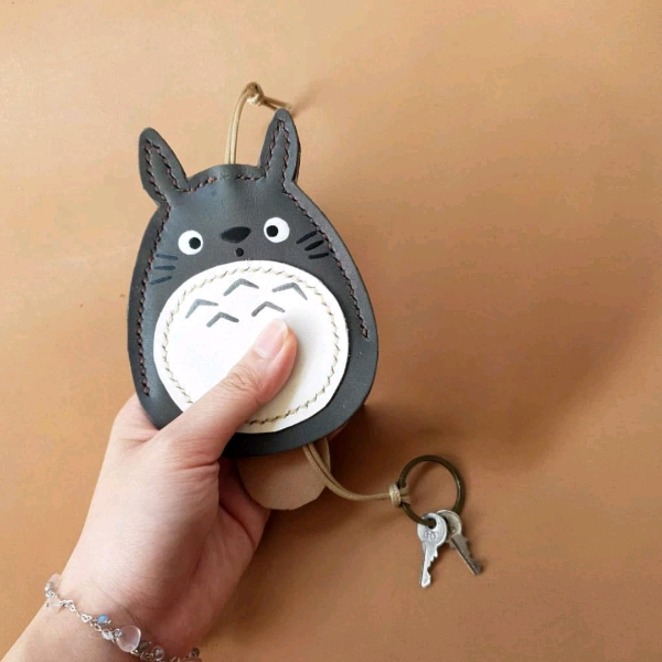 Totoro 皮革钥匙套工坊2